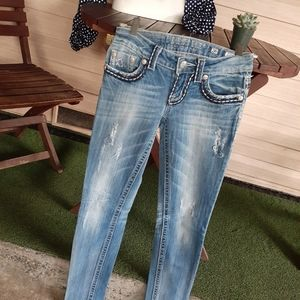 Miss Me Skinny distressed Embroidered Jean's 26